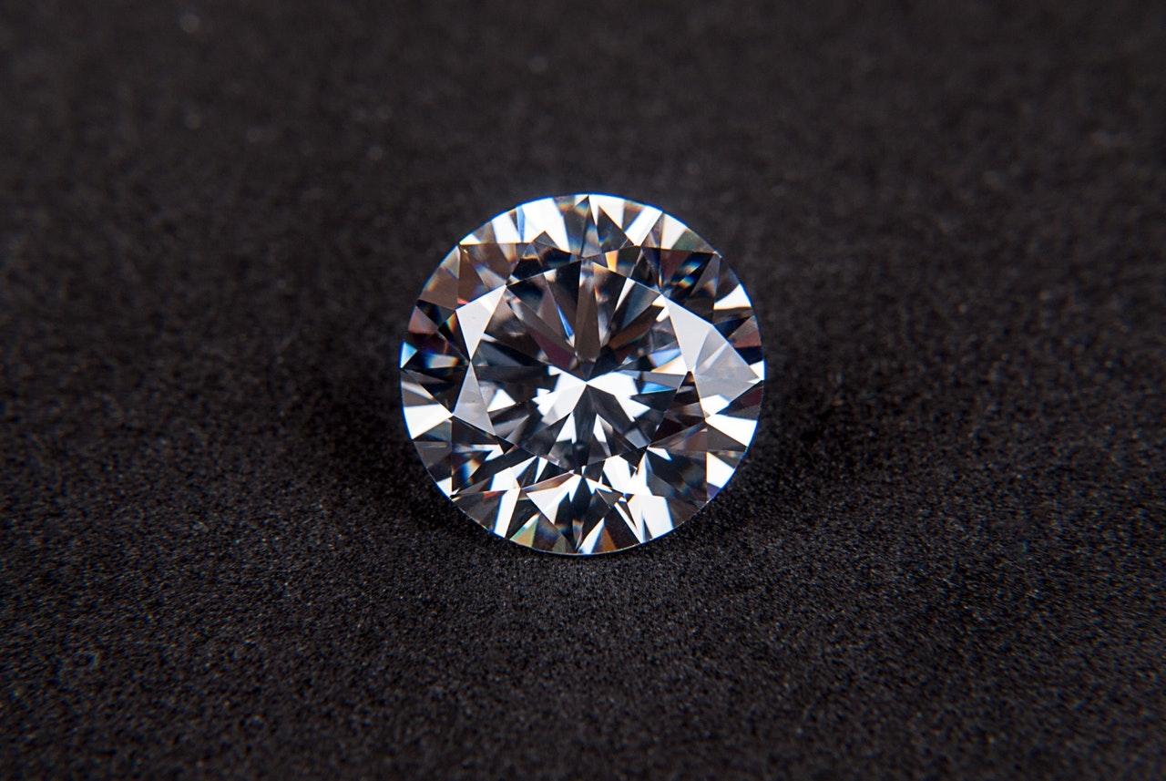 Comment déterminer la pureté d'un diamant ?